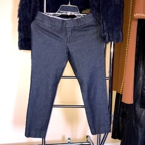 Banana republic great quality stretchy short jeans